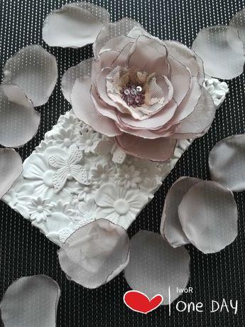 Kwiat broszka ozdoba do bluzki, sukienki, żakietu, ubrań, firan
