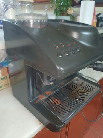 Maquina de café de grao