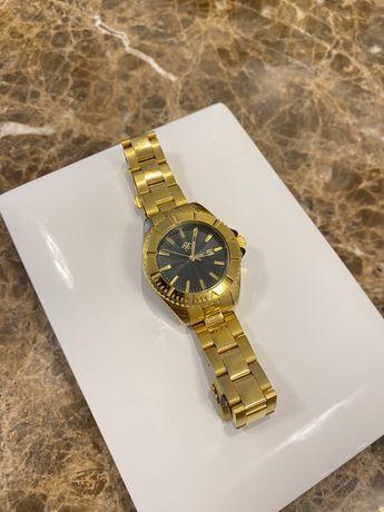 Часы металический ремешок золотые РФС
