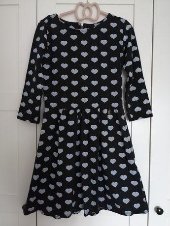 Sukienka w serduszka 164/170 (XS/S)