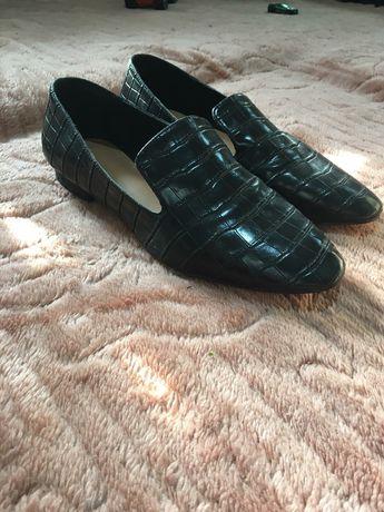 Лоферы туфли Reserved
