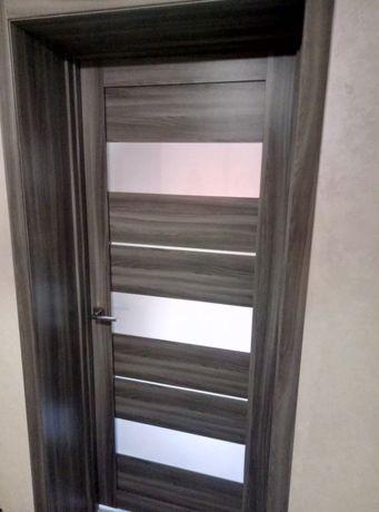 Установка межкомнатных дверей 500 гривен большой выбор  дверей.