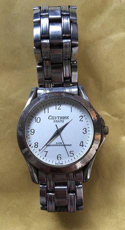 Часы наручные Спутник
