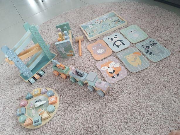 Zestaw drewnianych zabawek chlopiec/ dziewczynka . Jak Nowe