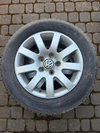 Oryginalne koła alufelgi VW Caddy 15 z oponami letnimi 195/65R15