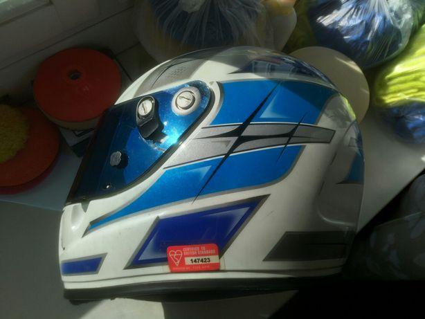 Шлем Sparco