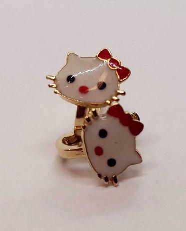 Złote dziecięce kolczyki Hello Kitty 1,34g p585 /ST Jak nowe złoto