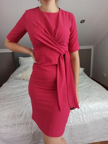 Sukienka różowa z kokardą