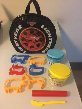 Mochila de Criança CARS, com Plasticinas e acessórios