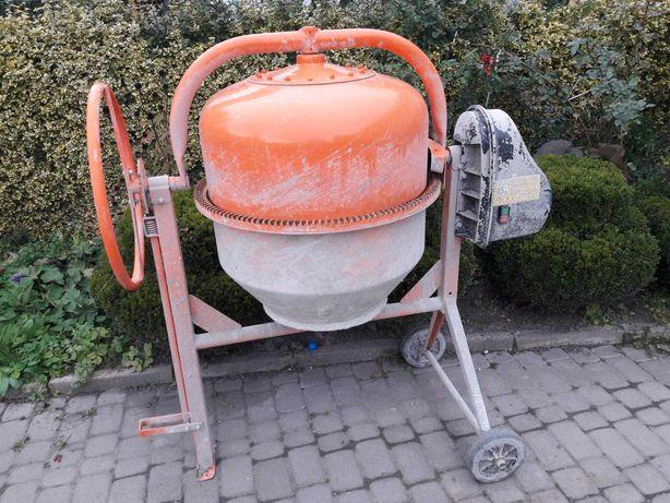 Betoniarka Altrad BWE-185 230V + taczka z kołem poliuretanowym