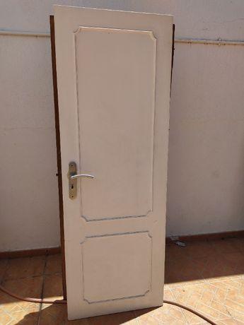 2 Portas interior com puxadores