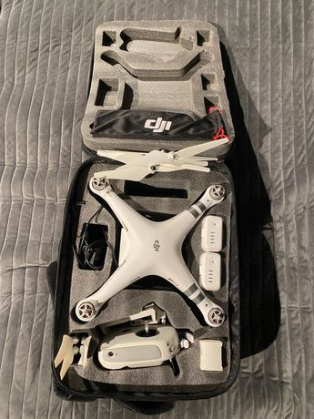 DJI Phantom 3 Advanced dron + bateria