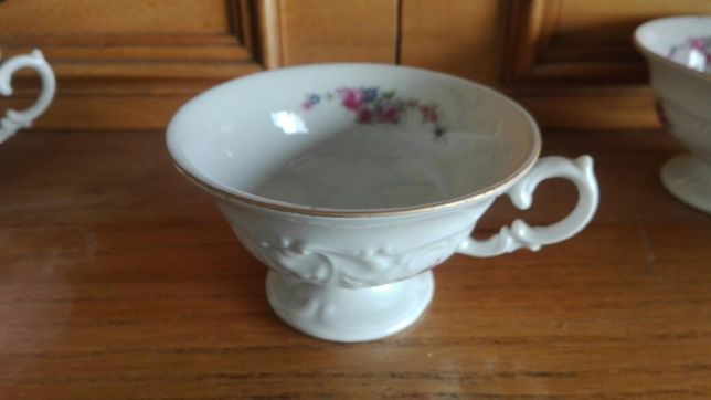 Filiżanki porcelana