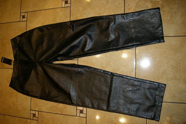 czarne spodnie M