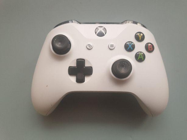 Czyszczenie konsol i naprawa padów Sony, Xbox, Nintendo.