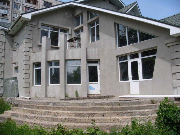 Продається комфортабельний будинок з сучасним плануванням в Центрі!
