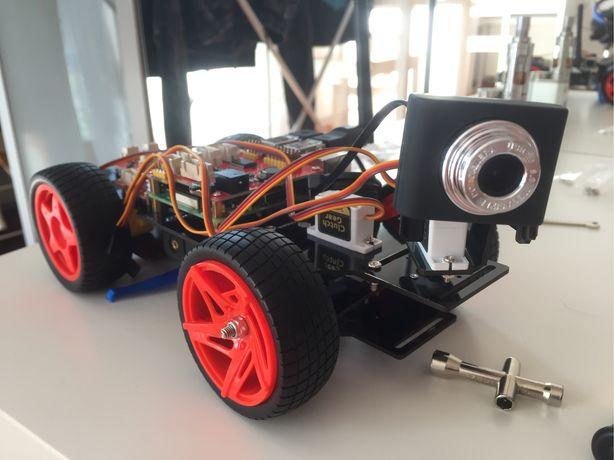 Robot Sunfounder Smart Car 2 + Raspberry Pi 3