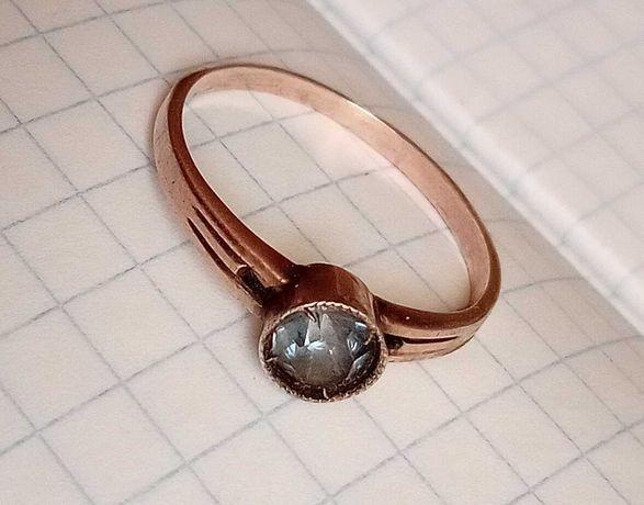 Серебряное кольцо с камнем СССР 875 проба (звезда) ОМЮ