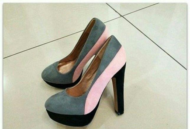 Туфли           .