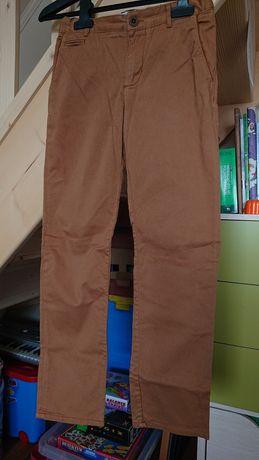 Spodnie chłopięce 140 cm