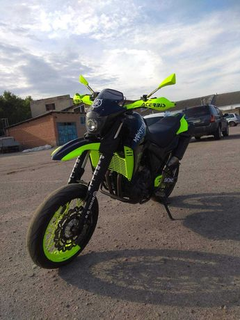 Мотоцикл YAMAHA xt660