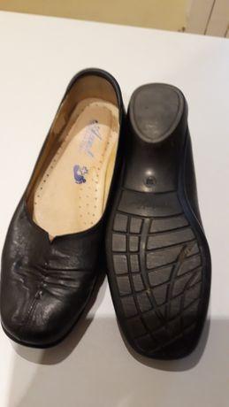 Sprzedam  buty skórzane firmowe