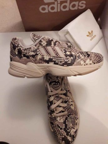 Sapatos Adidas YUNG -1 - Originais