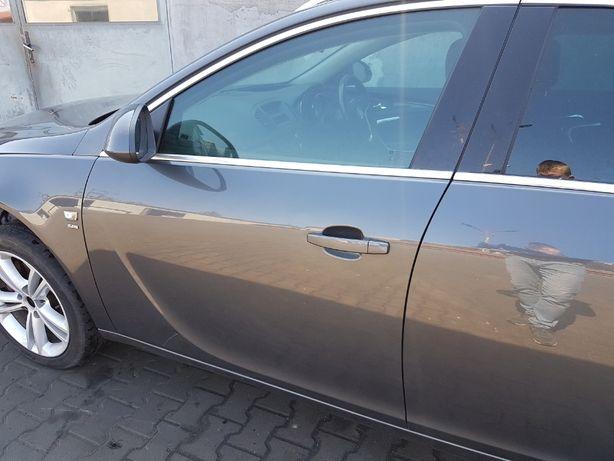 Drzwi przód przednie lewie Opel Insignia A przed lift Z177