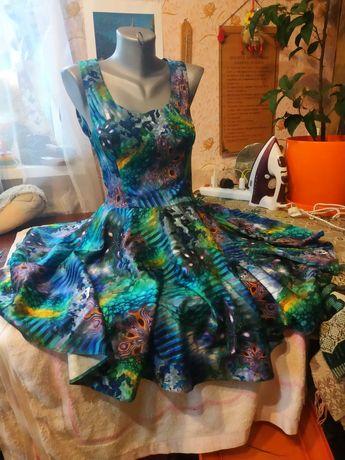 Продам платье легкое