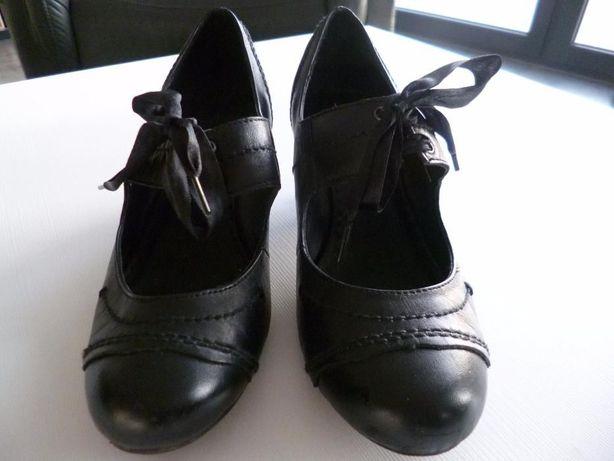 Czółenka, buty Clarks czarne 5,5 / 39
