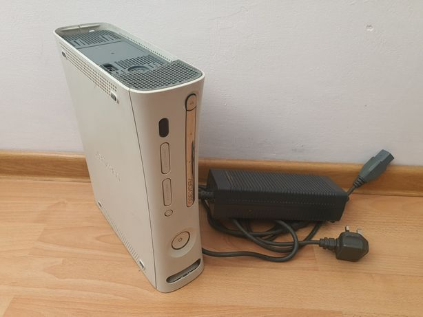 Xbox 360 uszkodzony  + zasilacz