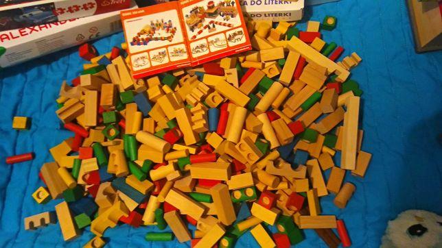 Klocki drewniane kształty, kolorowe