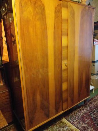 Шкаф Мебель 3500 руб.