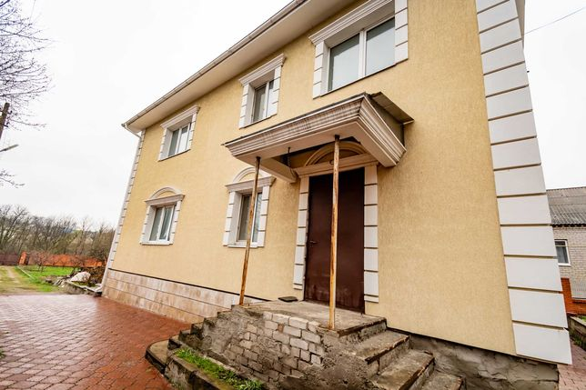 Без комиссии! Продажа элитного 3х этажного  дома в центре  Краснополье