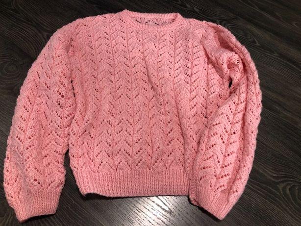 Piękny różowy sweter, rozmiar L, szerokie rękawy