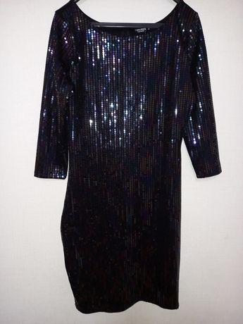 Платье  чёрное в паедки