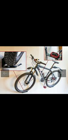 Suporte para bicicleta faço entrega em mãos ou envio a cobrança.