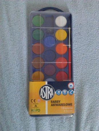 Nowe Farby akwarelowe 18 kolorów Astra z pędzelkiem cena 10zl.