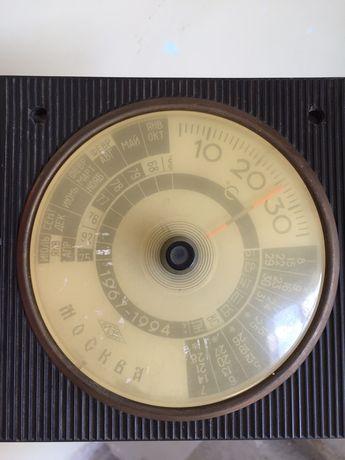 Термометр механический , 60-70-х годов. В рабочем состоянии.