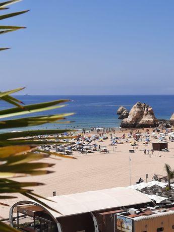 Férias Algarve - Praia da Rocha - T2 c/garagem, junto à praia.