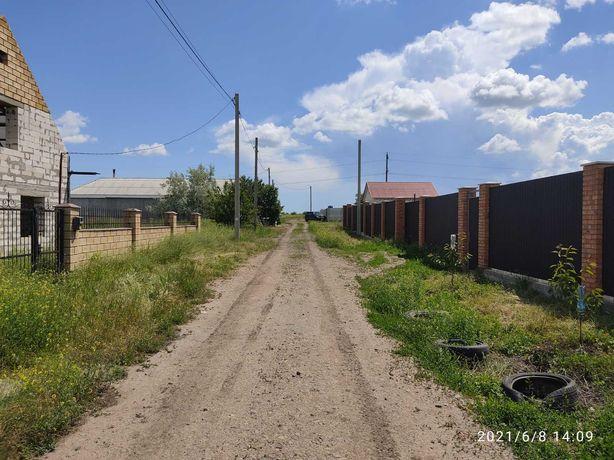 Участок 10 соток село Светлое (не дачи!)