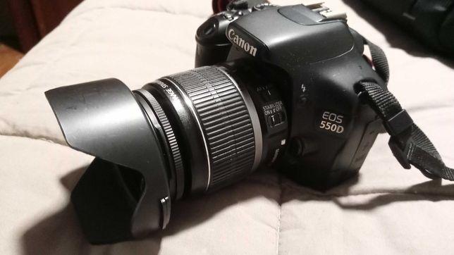 Canon 550D + Lente  EFS 18-55mm + Mini - Tripé Manfrotto + Mala