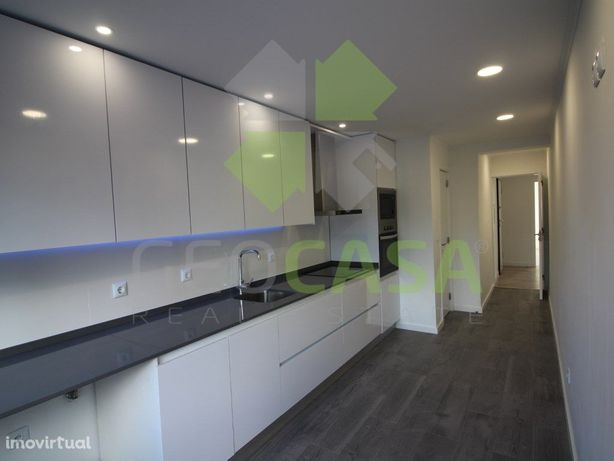 Apartamento T2 totalmente Remodelado