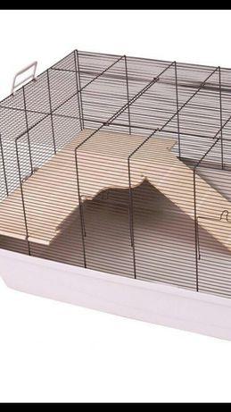 Domek daszek półka ze schodkami drewnianymi do klatki 100x54 dla gryzo