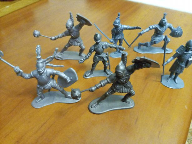 Солдатики рыцари ДЗИ
