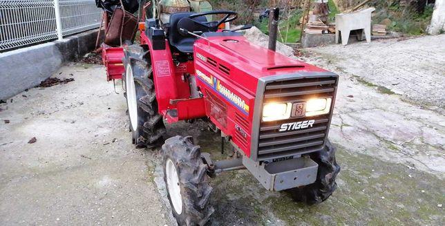 Trator shibaura 4x4