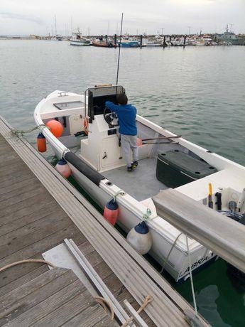 Lancha pesca profissional s/atrelado