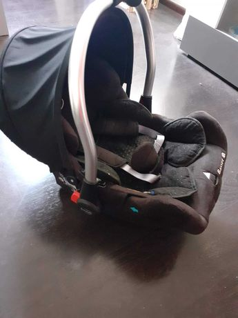 Nosidełko z bazą Baby safe Basset