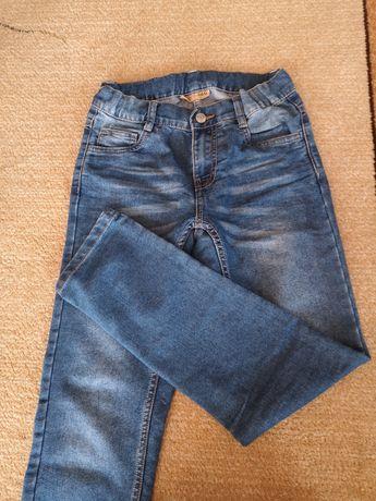 Jeansy chłopięce r. 146, stan idealny