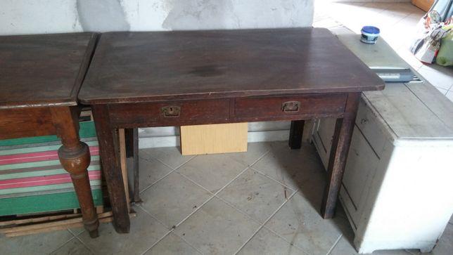 stół drewniany kolonialny Zabytek